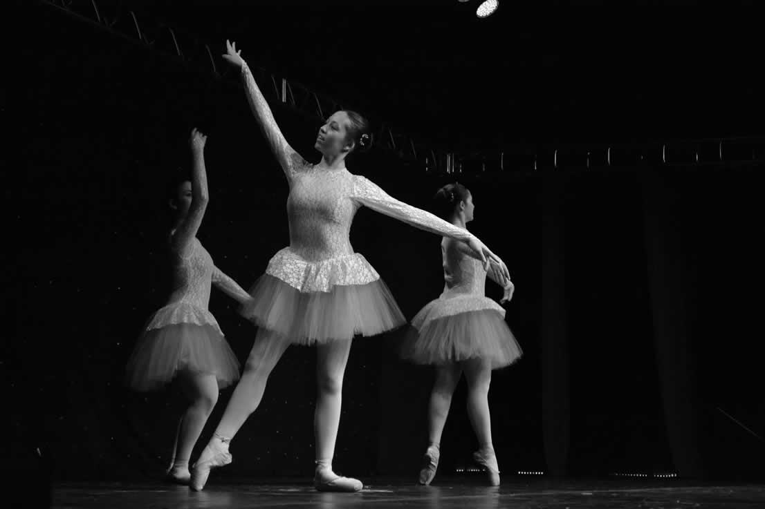 4b4a11d803 Ballet Clássico - Formação Turmas - 7º Ano e 8º Ano  ballet formacao